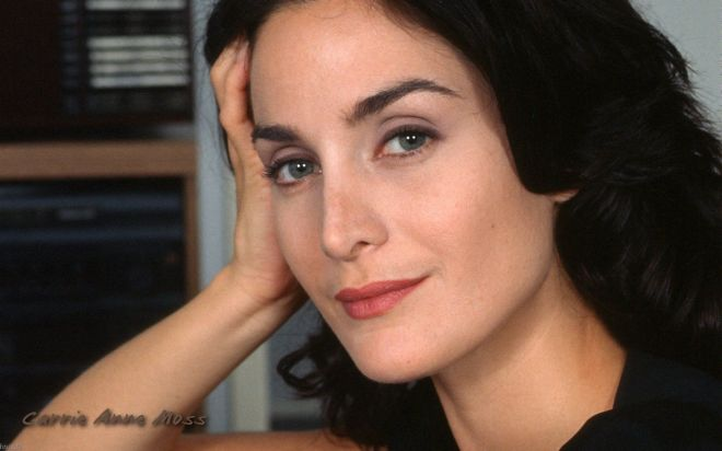 3866_carrie-anne_moss