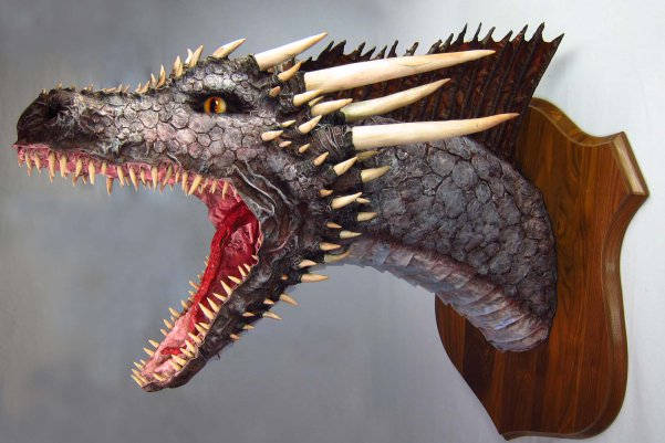 paper-mache-drogon-trophy-final