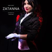 Awesome Cosplay Of The Day: Zatanna Zatara