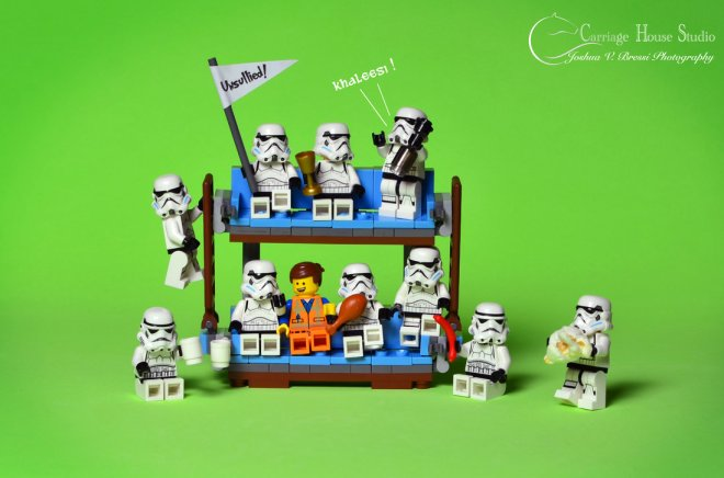 lego_stormtroopers___game_of_thrones_premiere_by_jbressi-d8phzhz