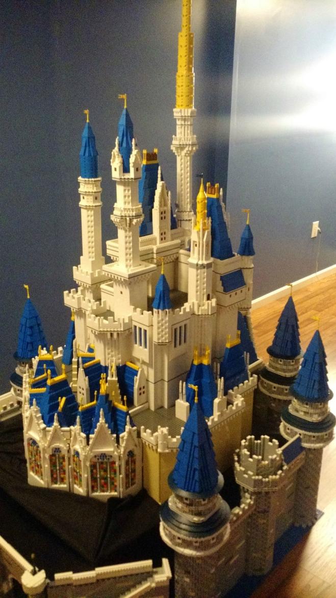 LEGO-Cinderella-Castle-3-06052015
