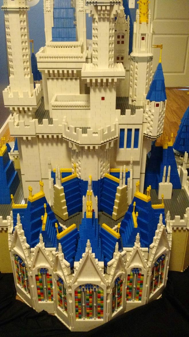 LEGO-Cinderella-Castle-5-06052015