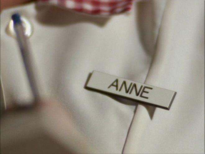 Anne_090
