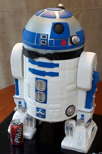 r2-d2-grooms-cake