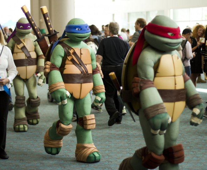the-teenage-mutant-ninja-turtles-set-out-in-search-of-pizza