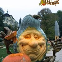 The Magical Pumpkin Carvings of Villafane Studios