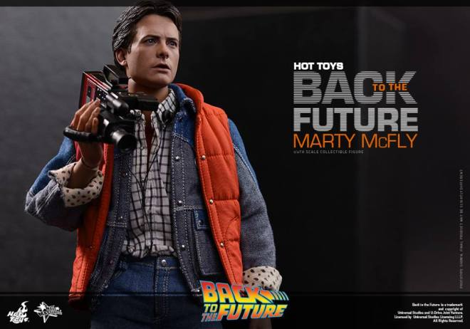 Hot-Toys-Back-to-the-Future-Marty-McFly-009