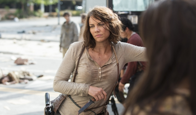 the-walking-dead-episode-505-behind-the-scenes-lauren-cohan-1200